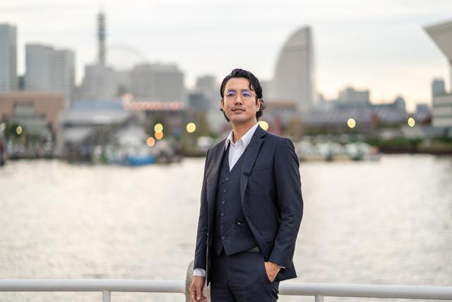横浜の浮気・不倫の調査が得意な探偵『あるく探偵調査室』にご相談下さい。
